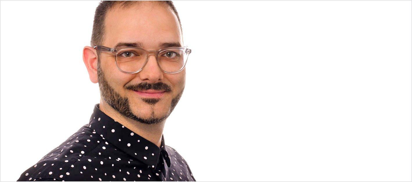In unserer Mitarbeitervorstellung lernen Sie Alexander Pütz kennen, der als Grafiker bei der Werbeagentur AdvantiDesign in Kaiserslautern arbeitet