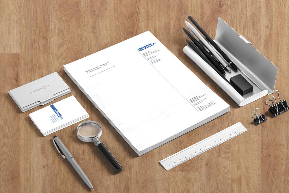 Für Redaktor, Lektorat und Übersetzungsbüro, haben wir eine komplette Firmenausstattung gestaltet.