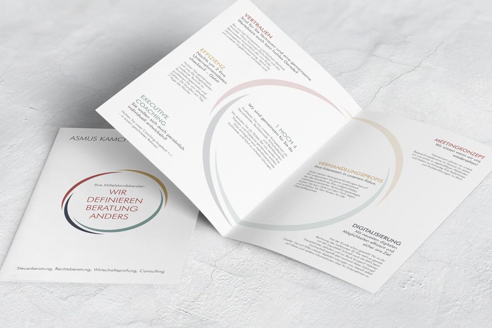 Bei Werbematerialien dürfen selbstverständlich auch keine Broschüren fehlen. Diese wurden auch von uns im vorhandenen Corporate Design gestaltet.